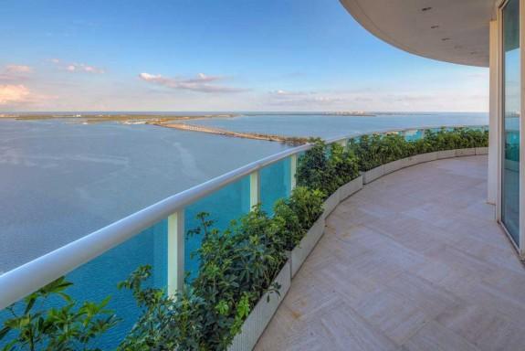 Фарел Уилямс продава гигантския си мезонет в Маями за $ 10.9 милиона (14)