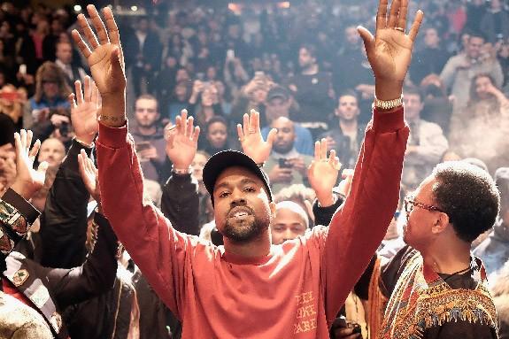 Kanye paparazzi (2)
