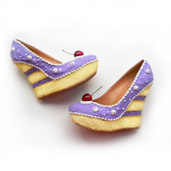 Сладки обувки 2 - Тя се намира в Орландо, Калифорния. Основател на компанията е Крис Кембъл. Така той намира начин да съчетае страста си към сладкото и обувките в едно и да създаде сладки обувки.