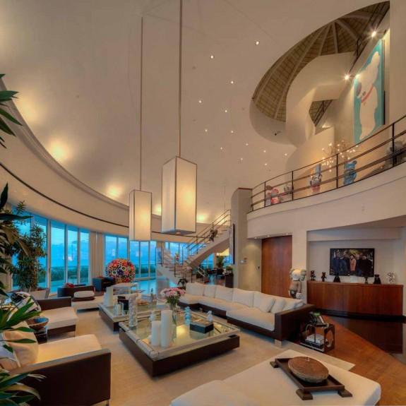Фарел Уилямс продава гигантския си мезонет в Маями за $ 10.9 милиона (2)