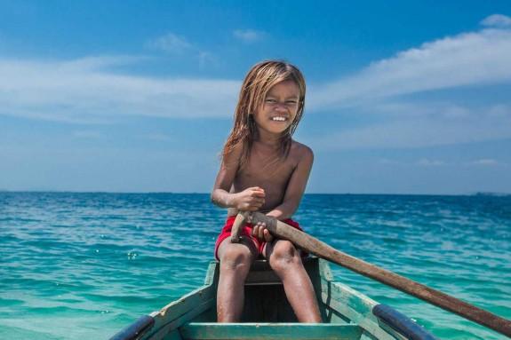 Хората които живеят в океана - Magazine (18)