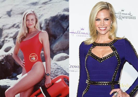 """Brooke Burns """"Спасители на плажа"""" бе най-големият телевизионен сериал от 90-те години. Сериала от САЩ, в който се разказваше за работещи на плажа спасители и техните изживявания. Във филма се завързваха много любовни връзки и интересни сюжети, но въпреки всички спасителите продължаваха да работят като колеги и да бъдат приятели."""