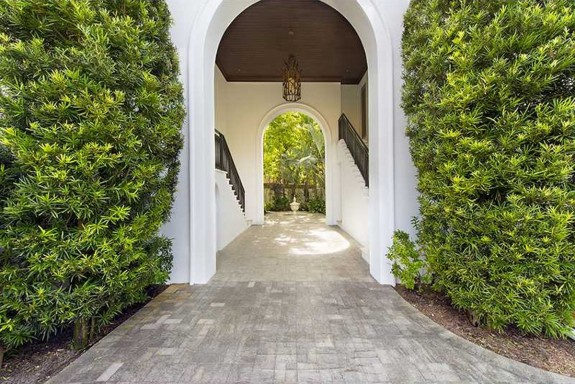 Леброн Джеймс продаде имението си Маями с печалба от $ 4 милиона - Magazine (2)