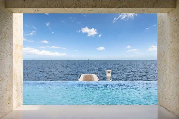 Леброн Джеймс продаде имението си Маями с печалба от $ 4 милиона - Magazine (6)