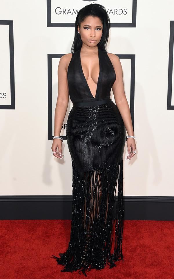 Nicki Minaj Нейните 12 най-секси, и най-разкриващи тоалети (засега) - Magazine (8)
